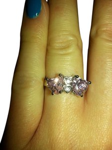 9.2.5 gorgeous double heart pink topaz cocktail ring size 7.