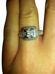 9.2.5 gorgeous white sapphire paved square cocktail ring size 8 .