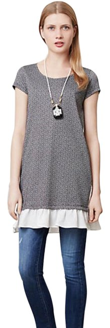 Item - Black and White Tunic Size 4 (S)