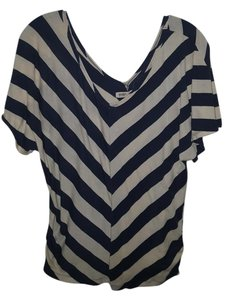 Old Navy Shirt Top Off white and navy