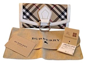 Burberry Burberry Continental Wallet