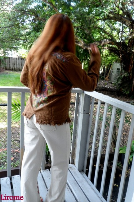 """Lirome Brown Hand Painted Organic Cotton Embroidery """"Tahiti"""" Cottage Chic Jacket Size 22 (Plus 2x) Lirome Brown Hand Painted Organic Cotton Embroidery """"Tahiti"""" Cottage Chic Jacket Size 22 (Plus 2x) Image 8"""