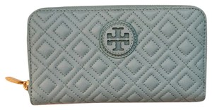 Tory Burch Tory Burch Marion Quilted Zip Continental Wallet
