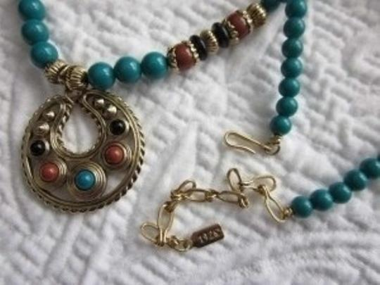1928 Vintage inspired bead necklace with pendant