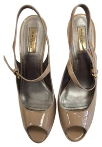 Report Signature Sling Back taupe Pumps