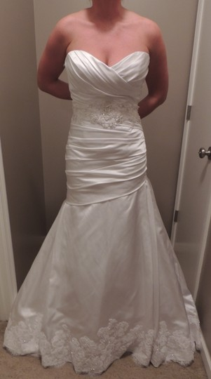 2 be bride White Silk Satin Fit and Flare Feminine Wedding Dress Size 6 (S)