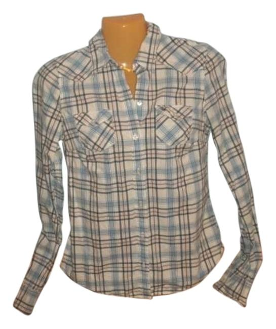 Preload https://item2.tradesy.com/images/hollister-button-down-top-size-8-m-152166-0-1.jpg?width=400&height=650