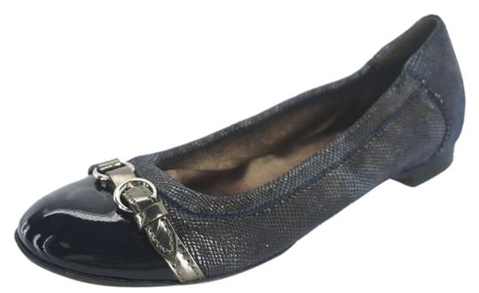 Preload https://img-static.tradesy.com/item/15219283/attilio-giusti-leombruni-blue-shimmer-camoflage-suede-belted-cap-toe-ballet-flats-size-eu-35-approx-0-1-540-540.jpg