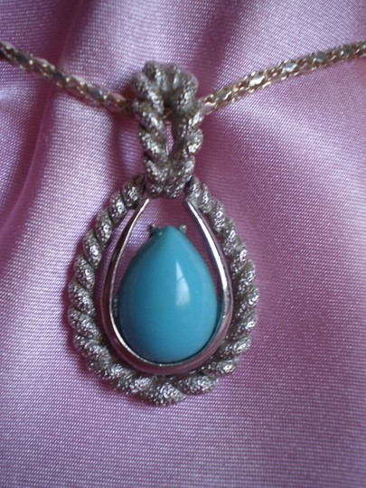 Unknown faux turquoise necklace