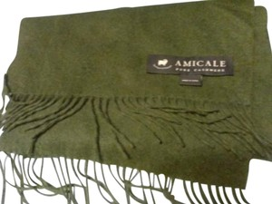 Amicale Cashmere 100% cashmere forest green scarf