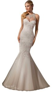 Mori Lee 2723 With Matching Veil And Attached Beaded Belt Wedding Dress
