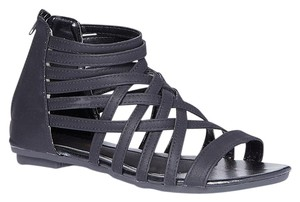 Epicstep Gladiator Crisscross Strap Black Sandals