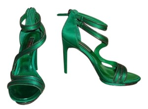 BCBGMAXAZRIA Stiletto Green Pumps