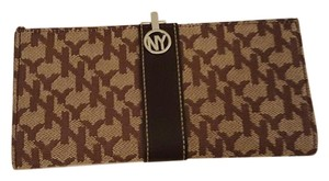 New York & Company Clasp Wallet