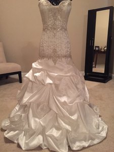 Alfred Angelo Alfred Angelo Sapphire Wedding Dress