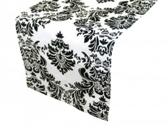 Preload https://item1.tradesy.com/images/black-and-white-damask-table-runner-reception-decoration-152235-0-0.jpg?width=440&height=440