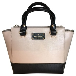 Kate Spade Satchel in Pebble/Black