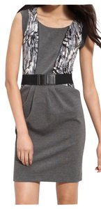BCBGMAXAZRIA Sleeveless Black Cream Belted Sheath Dress