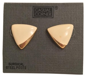Casual Corner Vintage Triangle Earrings