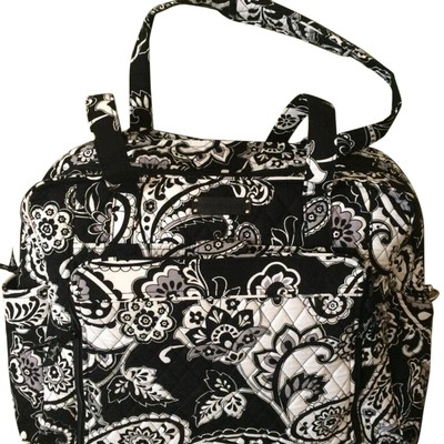 vera bradley large stroll around in midnight paisley black white diaper bag on sale 46 off. Black Bedroom Furniture Sets. Home Design Ideas