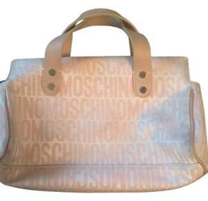Moschino Tote in Soft light pink