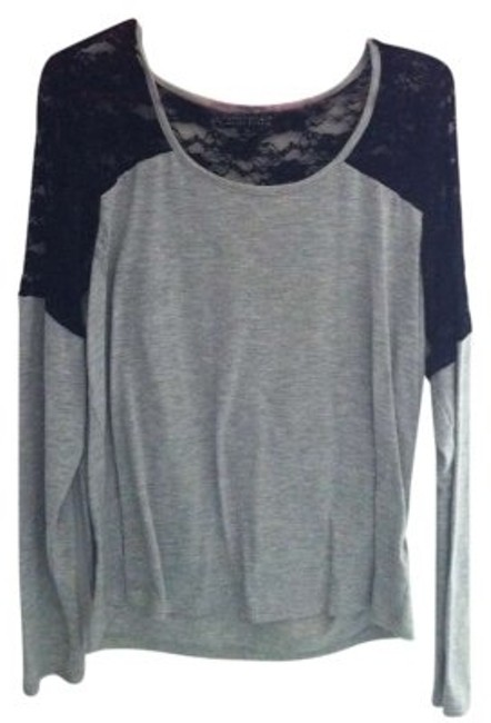 Preload https://item4.tradesy.com/images/forever-21-black-and-grey-tee-shirt-size-16-xl-plus-0x-152293-0-0.jpg?width=400&height=650