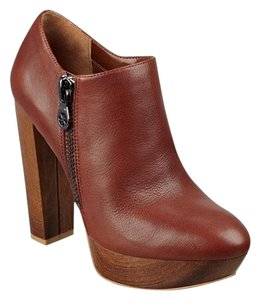 Guess Sexy Designer Chunky Brown Boots