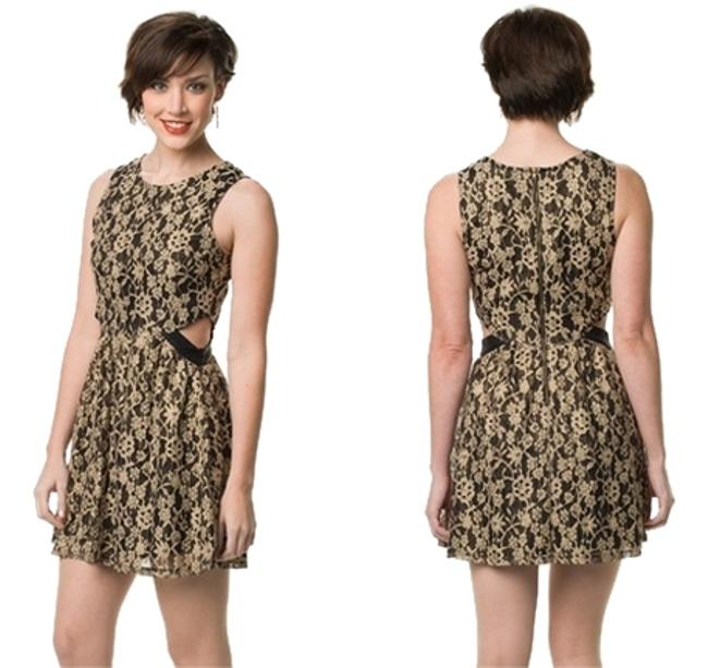 Preload https://item3.tradesy.com/images/blu-pepper-gold-black-party-nwt-small-short-cocktail-dress-size-4-s-1523117-0-0.jpg?width=400&height=650