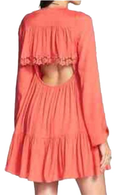 Preload https://item5.tradesy.com/images/free-people-bohemian-bell-sleeve-lace-trim-short-casual-dress-size-2-xs-1523239-0-0.jpg?width=400&height=650