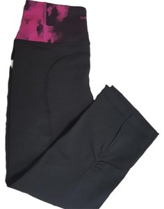 Lululemon Lululemon Gather And Crow Crop II Black Size 4