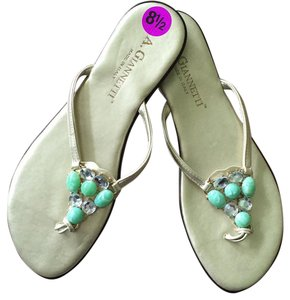 A. Giannetti Pet Smoke Free Flip-flops Gold and green Sandals