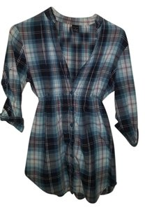 Passport Flannel Quarter Length Button Down Shirt Blue, dark pink, and white