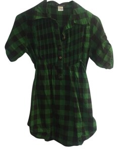 Forever 21 Button Down Shirt Green and black plaid