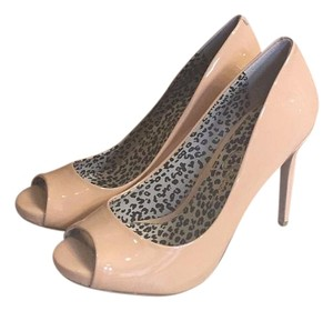 Jessica Simpson Sand Pumps