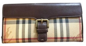 Burberry Burberry Genuine Leather Front Buckle Wallet - Made In Italy