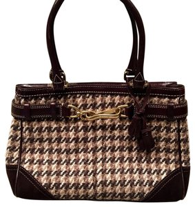 Coach Satchel in Houndstooth Brown