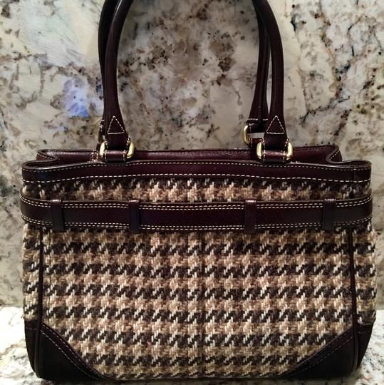Coach Satchel in Houndstooth Brown Image 2