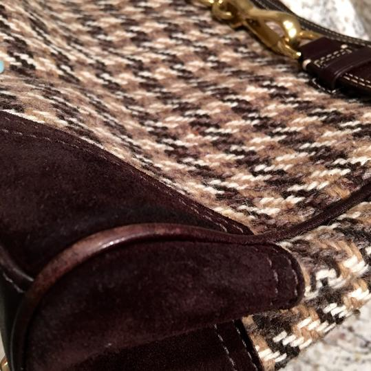 Coach Satchel in Houndstooth Brown Image 8
