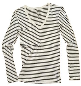 Gap T Shirt Black and white stripes