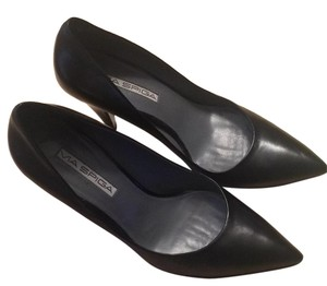 Via Spiga Leather Randy Black Pumps
