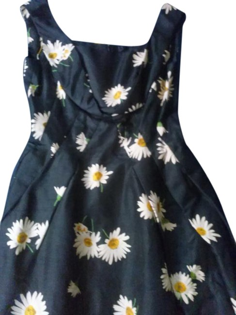 Preload https://img-static.tradesy.com/item/15239845/black-vintage-flower-print-tailored-with-tulip-skirt-long-cocktail-dress-size-10-m-0-1-650-650.jpg