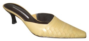 Donald J. Pliner Leather tan Mules