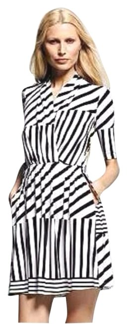 Item - Navy and White Multi Striped Above Knee Short Casual Dress Size 4 (S)