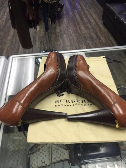 Burberry brown Pumps Image 2