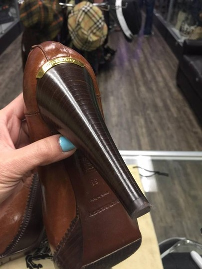 Burberry brown Pumps Image 7