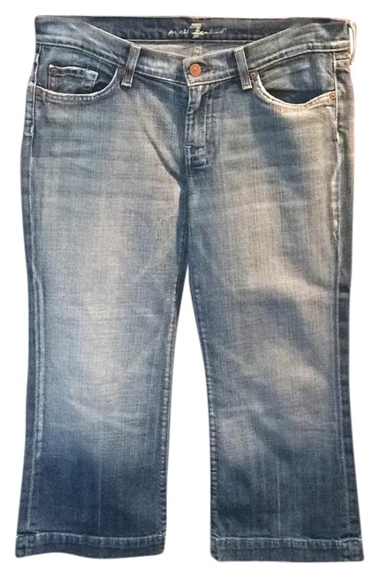 Preload https://img-static.tradesy.com/item/15241129/7-for-all-mankind-capricropped-jeans-size-30-6-m-0-1-650-650.jpg
