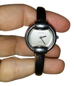 Gucci gucci horsebit bracelet style watch