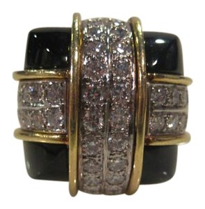 La Triumph Vintage La Triumph 18KT Yellow Gold Diamond Onyx Cocktail Ring