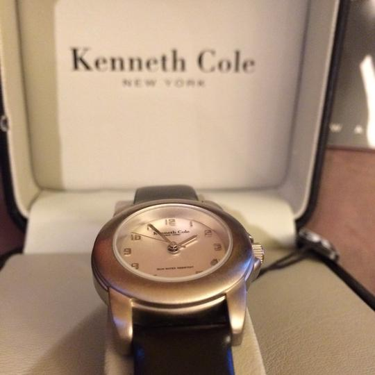 Kenneth Cole Image 10