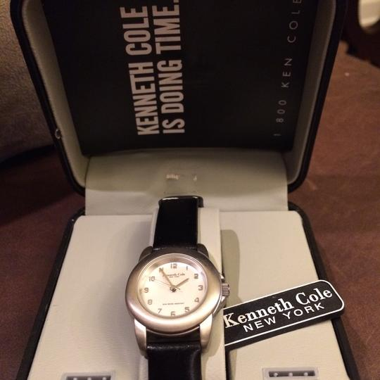 Kenneth Cole Image 2